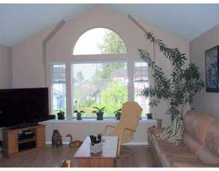 Photo 2: 12382 NIKOLA ST in Pitt Meadows: House for sale : MLS®# V865607