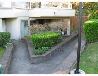 "Photo 9: 103 78 RICHMOND Street in New_Westminster: Fraserview NW Condo for sale in ""GOVENOR'S COURT"" (New Westminster)  : MLS®# V659014"