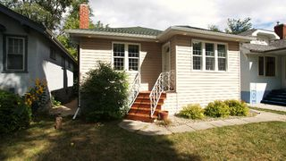 Photo 2: 259 Munroe Avenue in Winnipeg: East Kildonan Residential for sale (North East Winnipeg)
