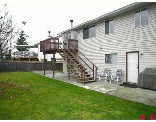 Photo 10: 9549 215B Street in Langley: Walnut Grove House for sale : MLS®# F2729941