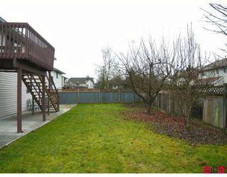 Photo 9: 9549 215B Street in Langley: Walnut Grove House for sale : MLS®# F2729941