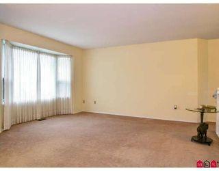 Photo 3: 9549 215B Street in Langley: Walnut Grove House for sale : MLS®# F2729941