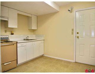 Photo 8: 9549 215B Street in Langley: Walnut Grove House for sale : MLS®# F2729941