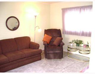 Photo 5: 389 HORACE Street in WINNIPEG: St Boniface Residential for sale (South East Winnipeg)  : MLS®# 2801042
