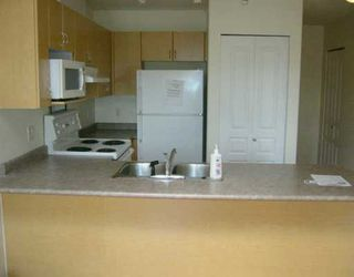 """Photo 3: 401 3939 HASTINGS ST in Burnaby: Vancouver Heights Condo for sale in """"SIENNA"""" (Burnaby North)  : MLS®# V603519"""