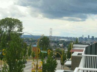 """Photo 5: 401 3939 HASTINGS ST in Burnaby: Vancouver Heights Condo for sale in """"SIENNA"""" (Burnaby North)  : MLS®# V603519"""