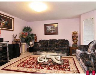 Photo 2: 34753 DELAIR Road in Abbotsford: Abbotsford East House for sale : MLS®# F2817027