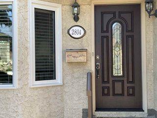 Photo 2: 2804 37 Street NW in Edmonton: Zone 29 House for sale : MLS®# E4166784