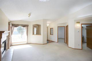 Photo 5: 17 9731 174 Street in Edmonton: Zone 20 House Half Duplex for sale : MLS®# E4170843