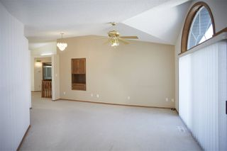 Photo 6: 17 9731 174 Street in Edmonton: Zone 20 House Half Duplex for sale : MLS®# E4170843
