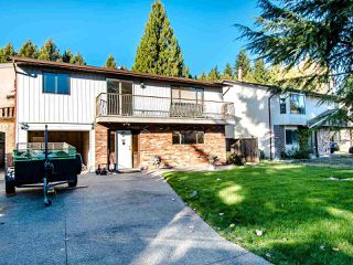 Photo 1: 2827 COMMONWEALTH Street in Port Coquitlam: Glenwood PQ House for sale : MLS®# R2417210