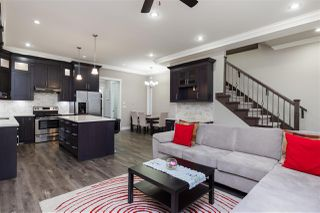 "Photo 5: 13055 59 Avenue in Surrey: Panorama Ridge House for sale in ""Panorama Ridge"" : MLS®# R2425408"