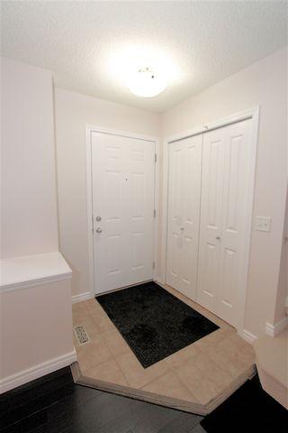 Photo 4: 6004 SOUTH TERWILLEGAR Boulevard in Edmonton: Zone 14 House Half Duplex for sale : MLS®# E4183988