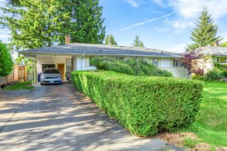 """Photo 2: 11481 95 Avenue in Delta: Annieville House for sale in """"ANNIEVILLE"""" (N. Delta)  : MLS®# R2461389"""