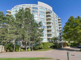 """Photo 1: 405 995 ROCHE POINT Drive in North Vancouver: Roche Point Condo for sale in """"Roche Point Tower"""" : MLS®# R2463637"""