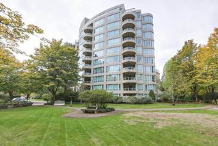 """Photo 2: 405 995 ROCHE POINT Drive in North Vancouver: Roche Point Condo for sale in """"Roche Point Tower"""" : MLS®# R2463637"""