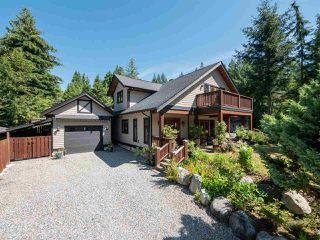 Photo 1: 1453 PARK Avenue: Roberts Creek House for sale (Sunshine Coast)  : MLS®# R2480704