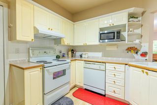 """Photo 10: 102 12088 66 Avenue in Surrey: West Newton Condo for sale in """"LAKEWOOD TERRACE"""" : MLS®# R2508621"""