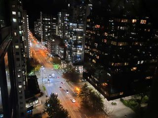 """Photo 16: 1803 1331 ALBERNI Street in Vancouver: West End VW Condo for sale in """"The Lions"""" (Vancouver West)  : MLS®# R2508802"""