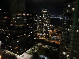 """Photo 17: 1803 1331 ALBERNI Street in Vancouver: West End VW Condo for sale in """"The Lions"""" (Vancouver West)  : MLS®# R2508802"""
