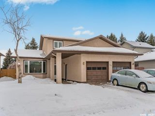 Main Photo: 458 Wakaw Court in Saskatoon: Lakeview SA Residential for sale : MLS®# SK837644