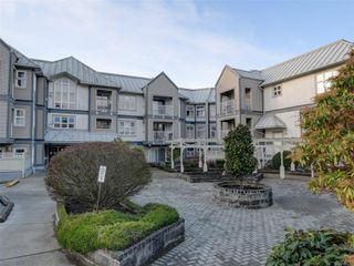 Photo 1: 306 3008 Washington Ave in : Vi Burnside Condo for sale (Victoria)  : MLS®# 862736
