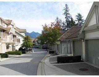 Photo 2: # 40 2351 PARKWAY BV in Coquitlam: Condo for sale : MLS®# V825286