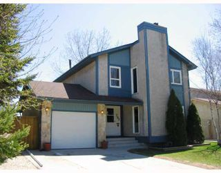 Photo 1: 781 CATHCART Street in WINNIPEG: Charleswood Residential for sale (South Winnipeg)  : MLS®# 2808272