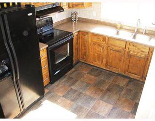 Photo 3: 781 CATHCART Street in WINNIPEG: Charleswood Residential for sale (South Winnipeg)  : MLS®# 2808272