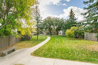 Photo 29: 824 ERIN Place in Edmonton: Zone 20 Townhouse for sale : MLS®# E4175830