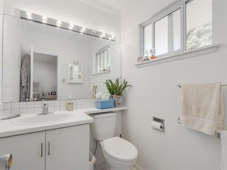 Photo 10: : White Rock House for rent (South Surrey White Rock)