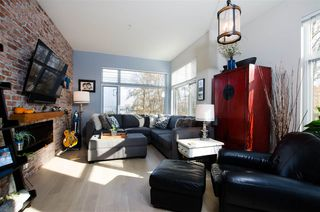 "Photo 3: 311 262 SALTER Street in New Westminster: Queensborough Condo for sale in ""PORTAGE"" : MLS®# R2418438"
