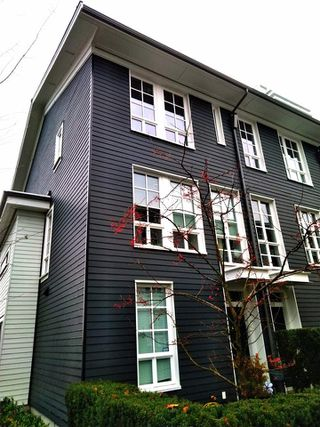 """Main Photo: 136 528 FOSTER Avenue in Coquitlam: Coquitlam West Townhouse for sale in """"BLACK + WHITES"""" : MLS®# R2421473"""