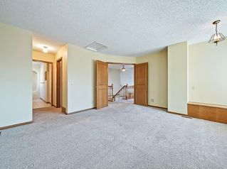 Photo 19: 219 Scenic Acres Drive NW in Calgary: Scenic Acres Detached for sale : MLS®# C4280317