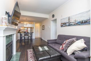 "Photo 2: 411 3638 W BROADWAY in Vancouver: Kitsilano Condo for sale in ""CORAL COURT"" (Vancouver West)  : MLS®# R2461074"