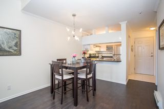 "Photo 4: 411 3638 W BROADWAY in Vancouver: Kitsilano Condo for sale in ""CORAL COURT"" (Vancouver West)  : MLS®# R2461074"