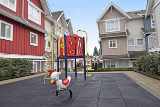 Photo 19: 309 1661 FRASER Avenue in Port Coquitlam: Glenwood PQ Townhouse for sale : MLS®# R2476544