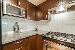 "Photo 4: 206 3110 DAYANEE SPRINGS Boulevard in Coquitlam: Westwood Plateau Condo for sale in ""LEDGEVIEW"" : MLS®# R2498071"