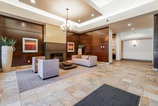 "Photo 2: 206 3110 DAYANEE SPRINGS Boulevard in Coquitlam: Westwood Plateau Condo for sale in ""LEDGEVIEW"" : MLS®# R2498071"