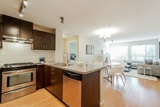 "Photo 3: 206 3110 DAYANEE SPRINGS Boulevard in Coquitlam: Westwood Plateau Condo for sale in ""LEDGEVIEW"" : MLS®# R2498071"