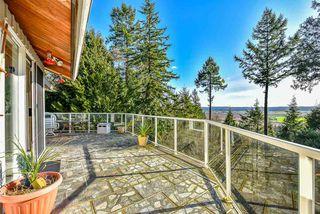 "Photo 3: 13668 56 Avenue in Surrey: Panorama Ridge House for sale in ""PANORAMA RIDGE"" : MLS®# R2525611"