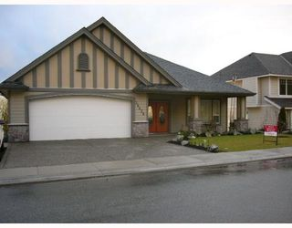 Photo 1: 36426 CARDIFF PL in Abbotsford: Abbotsford East House for sale : MLS®# F2709909