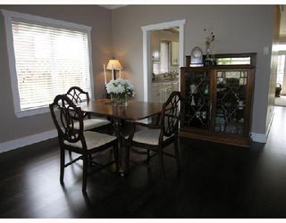 Photo 3: 365 E 6TH Street in North_Vancouver: Lower Lonsdale House 1/2 Duplex for sale (North Vancouver)  : MLS®# V654763