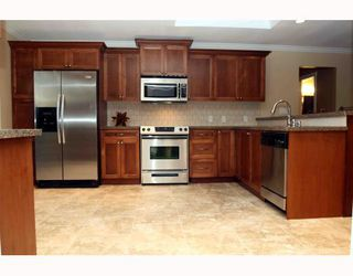 "Photo 3: 1055 SHAMAN in Tsawwassen: English Bluff House for sale in ""THE VILLAGE"" : MLS®# V662658"