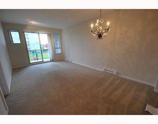 Photo 2: 6406 5117 GARDEN CITY Road in Richmond: Brighouse Condo for sale : MLS®# V701469