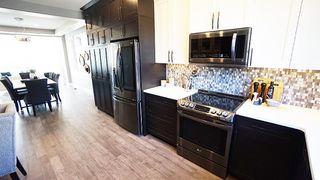 Photo 2: 8807 148 Street in Edmonton: Zone 10 House for sale : MLS®# E4174693