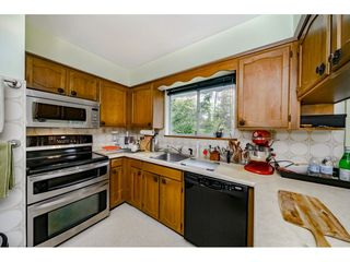 Photo 5: 2350 170 Street in Surrey: Pacific Douglas House for sale (South Surrey White Rock)  : MLS®# R2426011