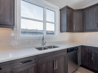Photo 5: 40 SKYVIEW Parade NE in Calgary: Skyview Ranch Row/Townhouse for sale : MLS®# C4286431