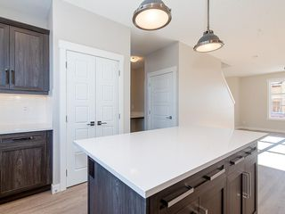 Photo 6: 40 SKYVIEW Parade NE in Calgary: Skyview Ranch Row/Townhouse for sale : MLS®# C4286431