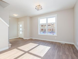 Photo 10: 40 SKYVIEW Parade NE in Calgary: Skyview Ranch Row/Townhouse for sale : MLS®# C4286431